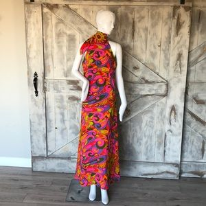 Dresses & Skirts - Vintage psychedelic maxi dress